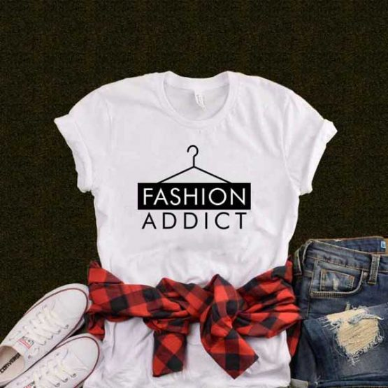 T-Shirt Fashion Addict
