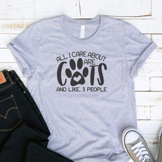 T-Shirt All I Care About Are Cats Pet Lover