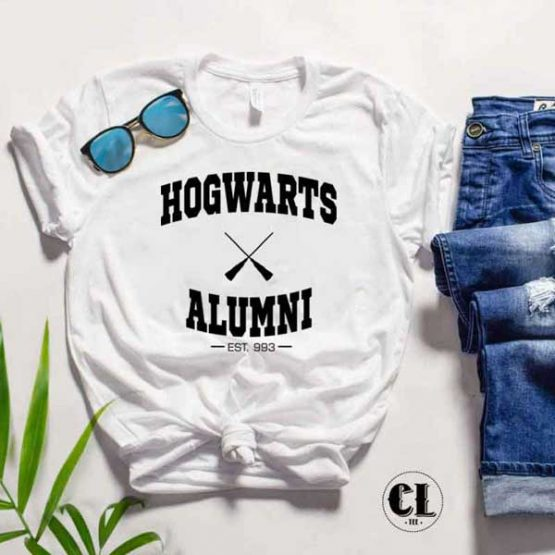 T-Shirt Hogwarts Alumni by Clotee.com Tumblr Aesthetic Clothing