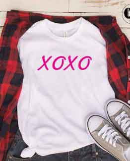 T-Shirt XOXO by Clotee.com Tumblr Aesthetic Clothing