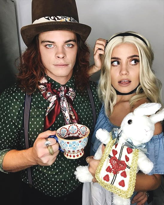 alice in wonderland halloween costume idea for couples