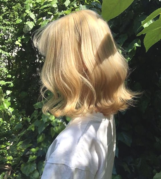 buttery blonde fall hair color trends