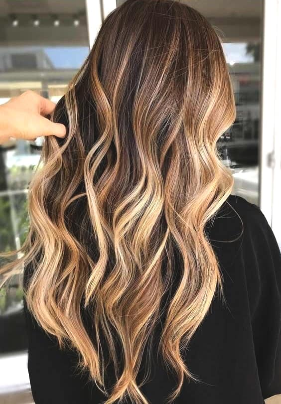 caramel highlights dark brown hair fall trends