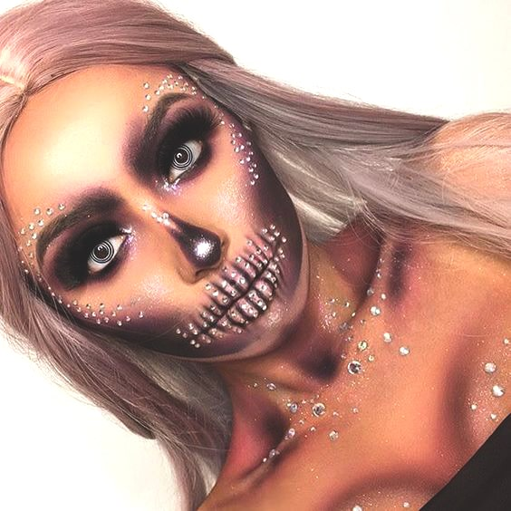 pretty glittery skull makeup for halloween