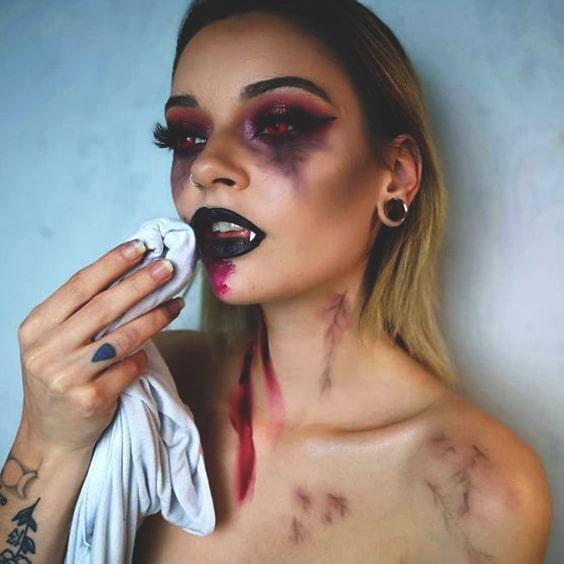 sexy spooky vampire makeup look halloween makeup ideas