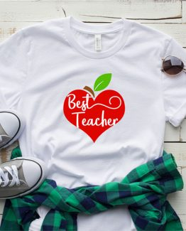 T-Shirt Apple Heart Best Teacher by Clotee.com Aesthetic Clothing